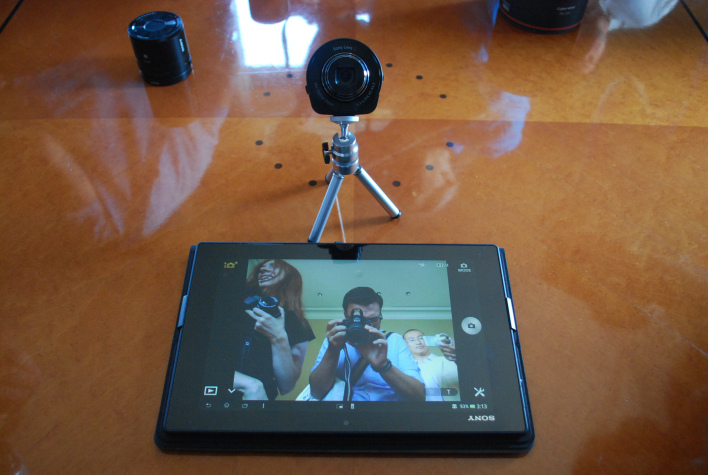 qx10-self-portait